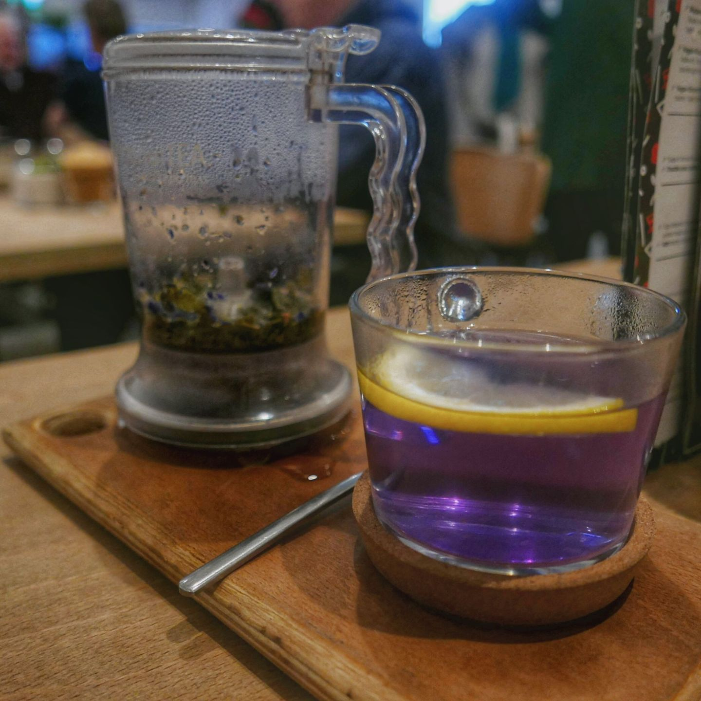 Teapot and purple tea at Waylands Yard Birmingham. Planning on eating out in Birmingham? A Brummie Home and Abroad decided to spend January trying out new breakfast, lunch and dinner spots