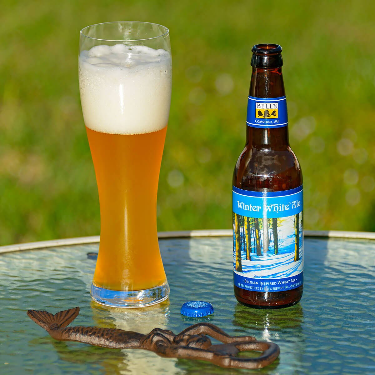 Bright White Ale (formerly Winter White Ale) is a Belgian-style Witbier by Bell's Brewery, Inc.