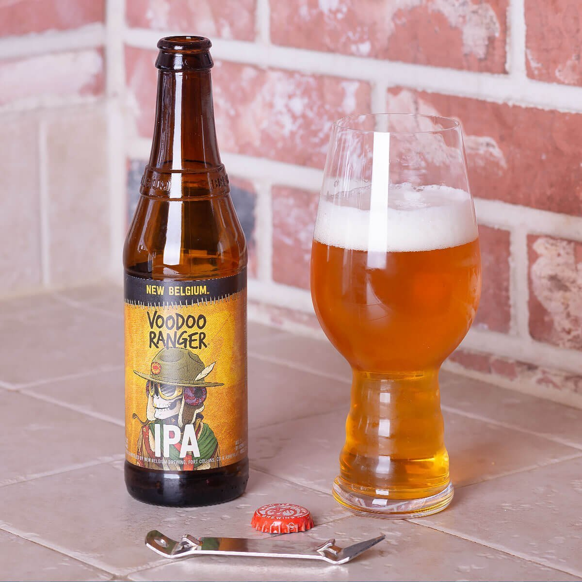 Voodoo Ranger IPA is an American IPA by New Belgium Brewing Company that blends juicy tropical fruit and citrus with pine and resin.