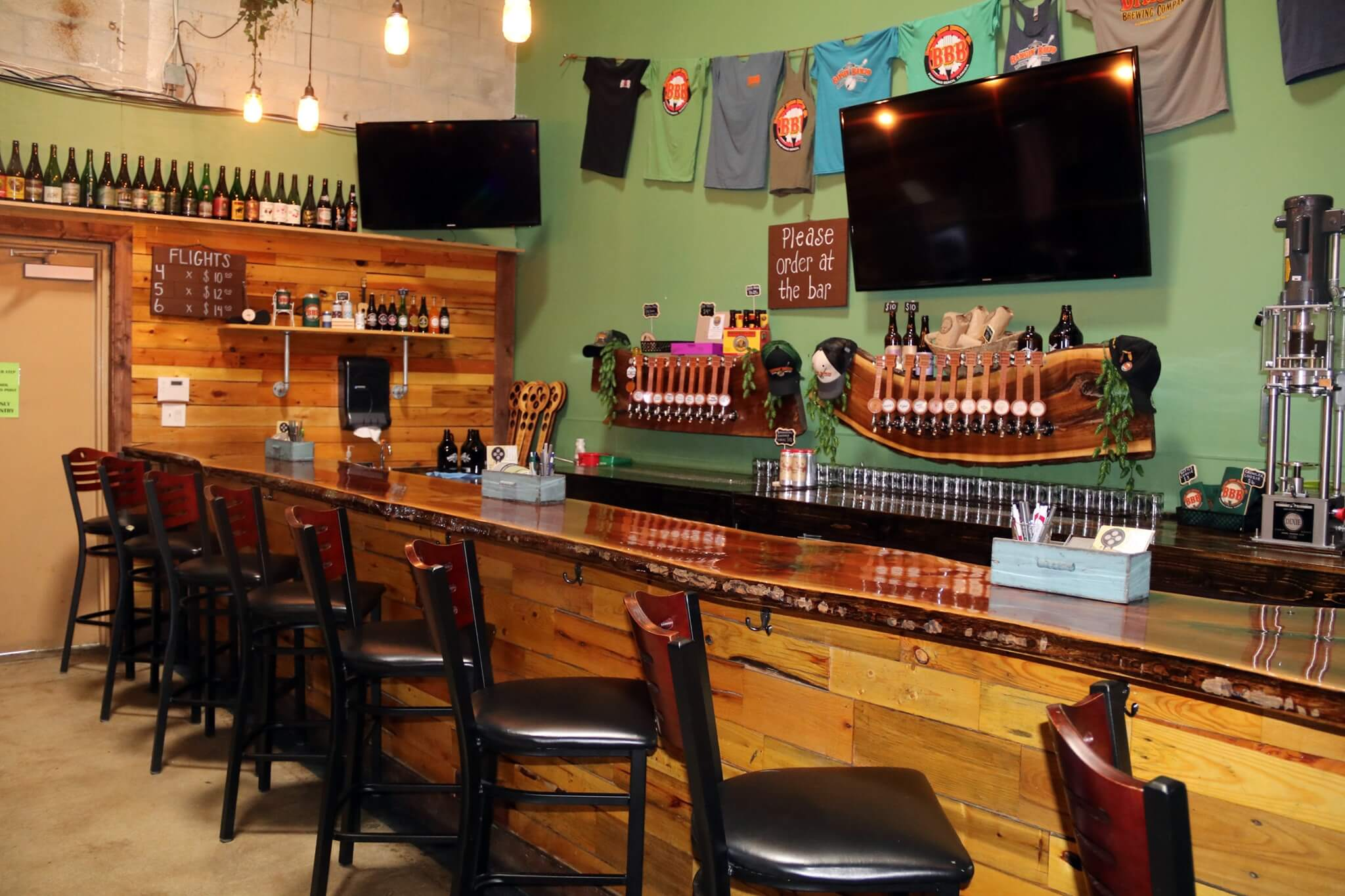 Inside the taproom at Bangin' Banjo Brewing Company in Pompano Beach, Florida
