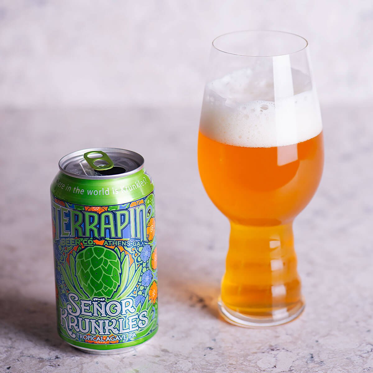 Señor Krunkles is an American IPA by Terrapin Beer Co. that blends spicy and floral hops with baked bread, tropical fruit, and pear.
