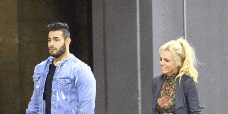 December 18th- Britney Spears out with Sam Asghari!