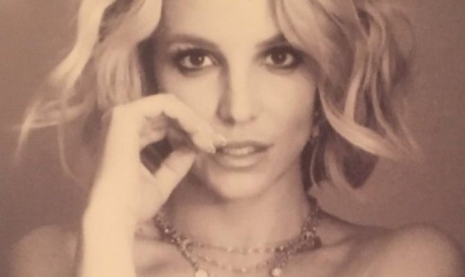 Britney posts hot Instagram picture