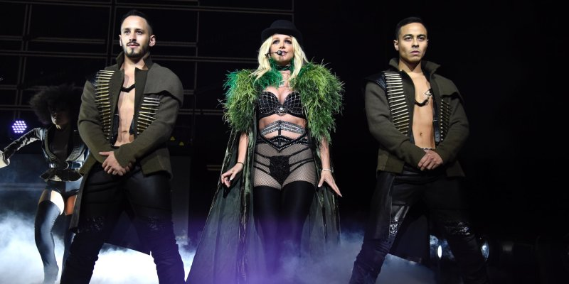 July 27th @britneyspears #PieceOfMe Tour Pictures & Videos