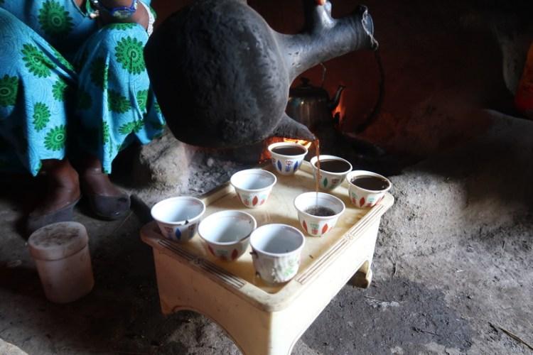 coffee ceremony pouring