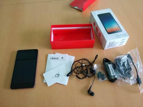 Lenovo Vibe X S860 In Box Content