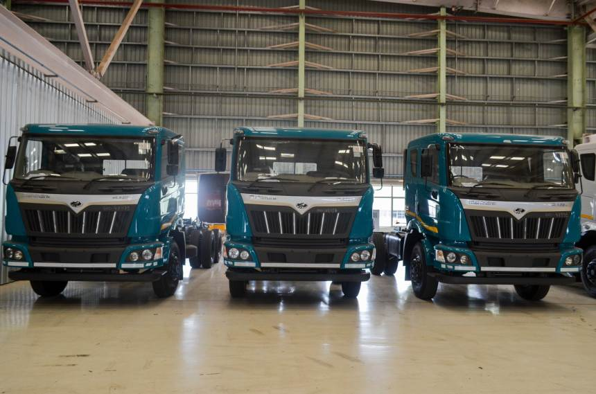 Mahindra-Blazo-Smart-truck-8