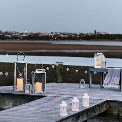 20 Warm White Carnival Battery Festoon Lights, 4.75m