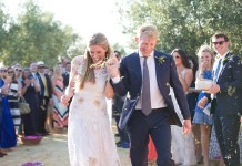 Real wedding: Sunshine celebration in Seville