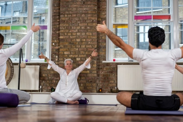 Bridal fitness: Keeping your cool with yoga