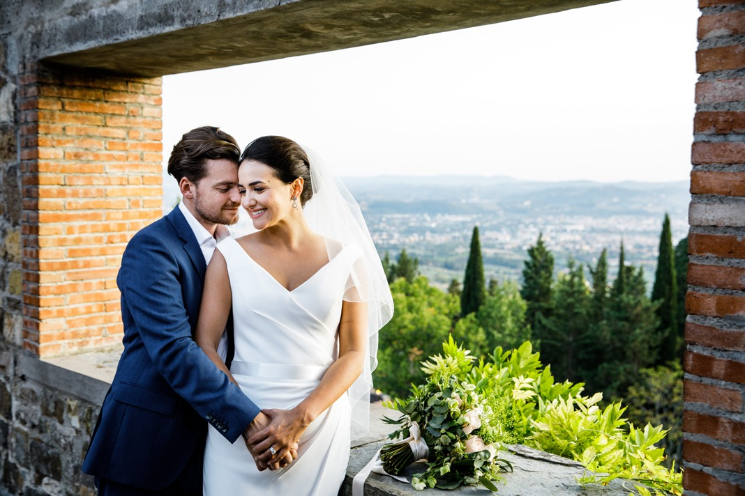 Real wedding: Tuscan splendour at a perfect castle celebration