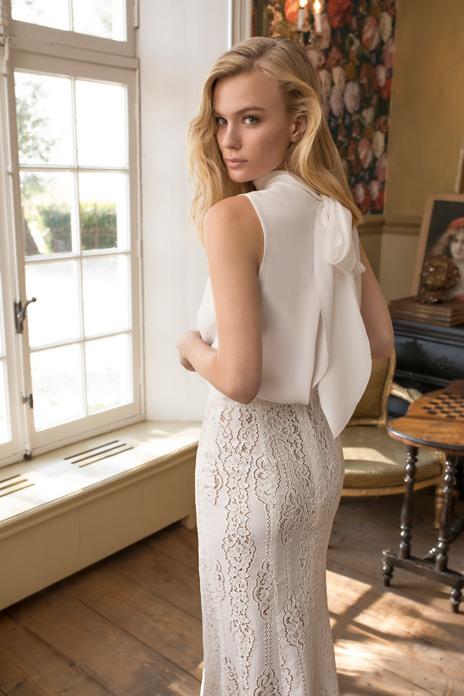 Bridal trend: Sleek line