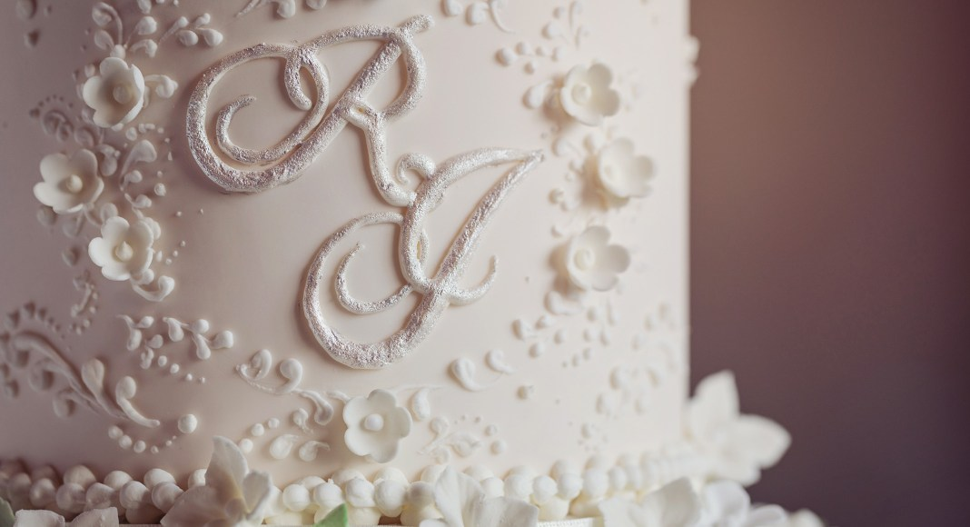 Guest columnist: Suzanne Thorp of The Frostery on 2019 wedding cake trends