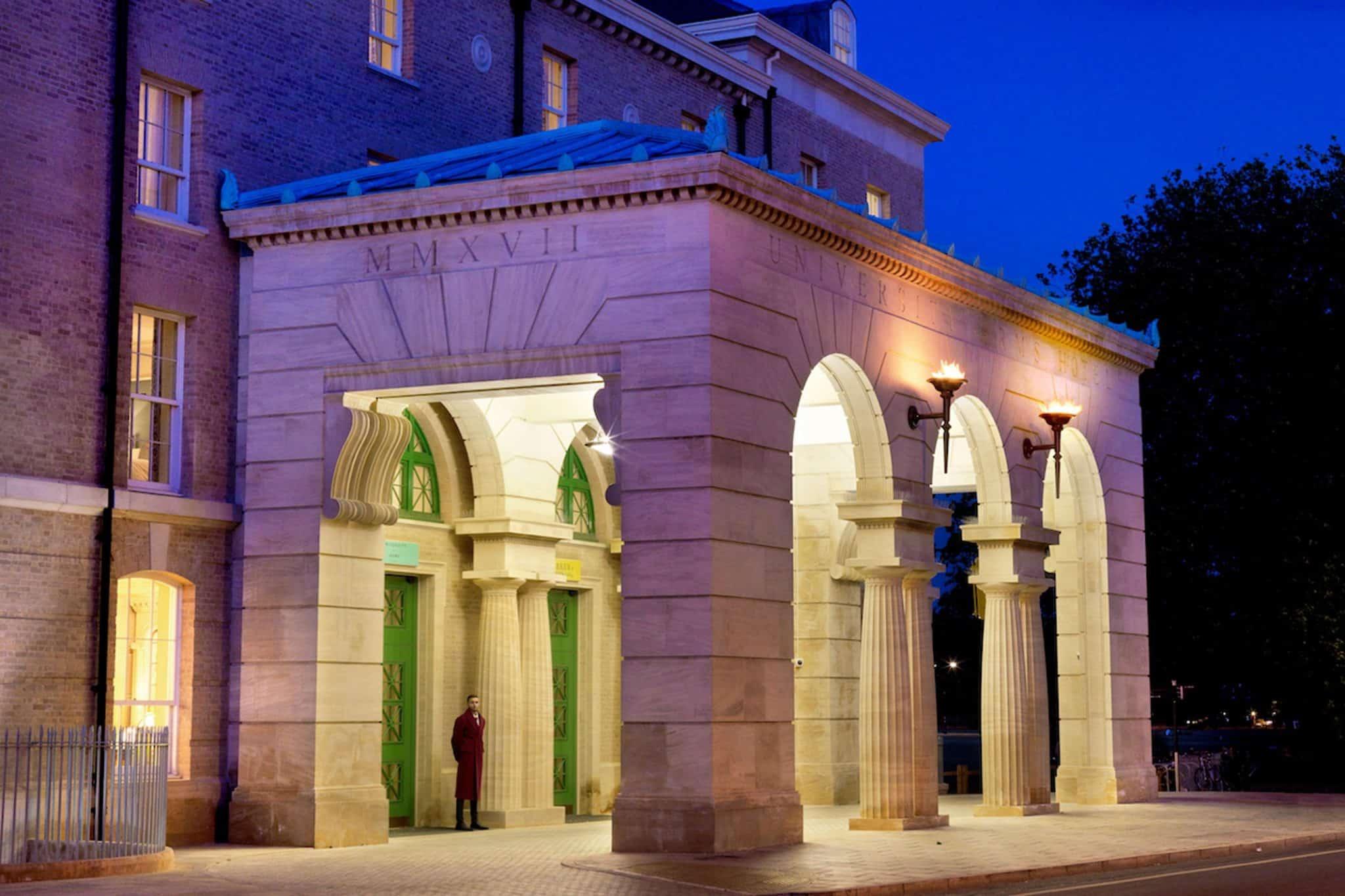 A perfect Cambridge retreat reborn at the University Arms