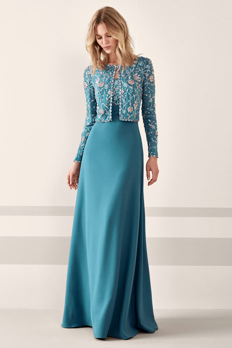 Best dressed – glamorous outfits for mother of the bride and guest