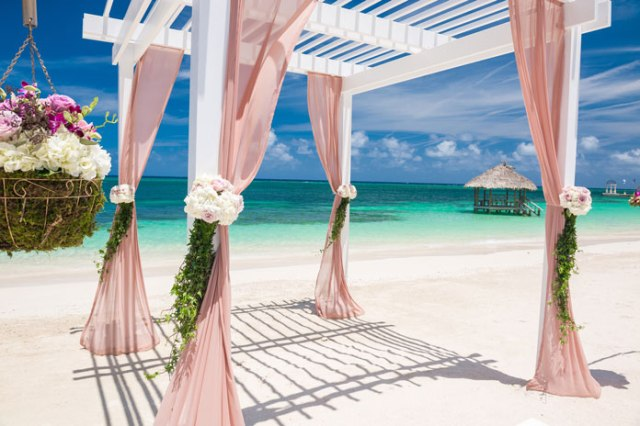 Dream weddings your way with team Sandals Resorts