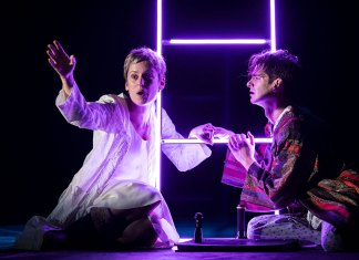Absolutely Reviews: Angels in America