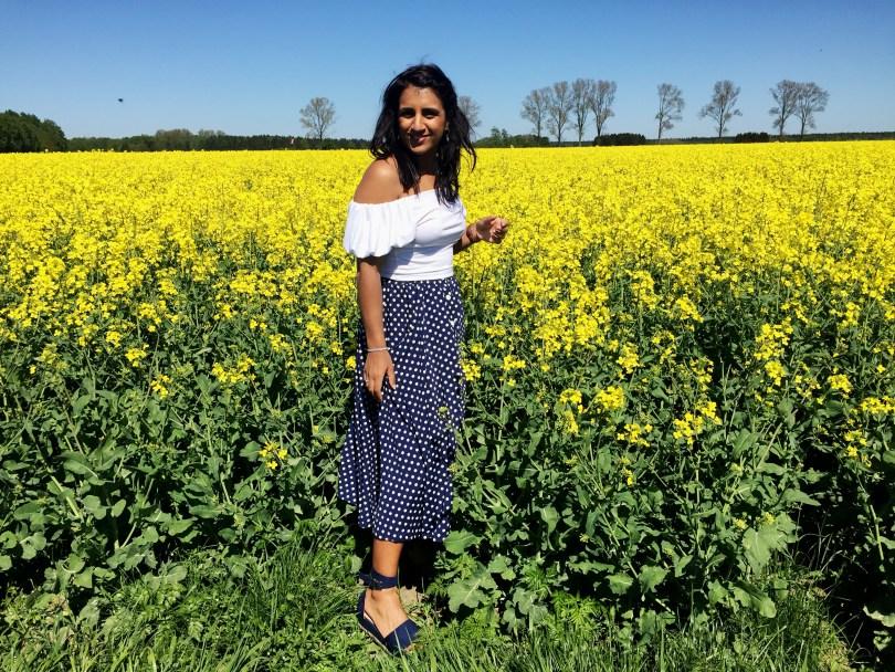 Flatform Fashion in the fields