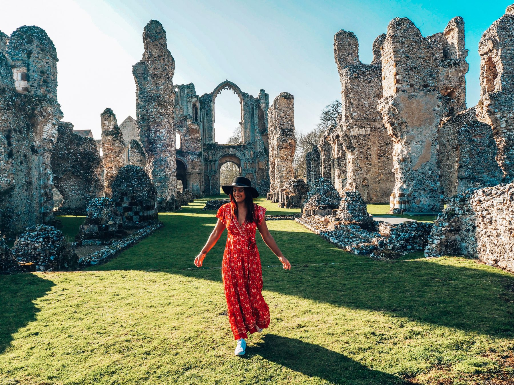 Absolutely Lucy setting blogging rates, Absolutely Lucy Castle Acre Priory Norfolk pics