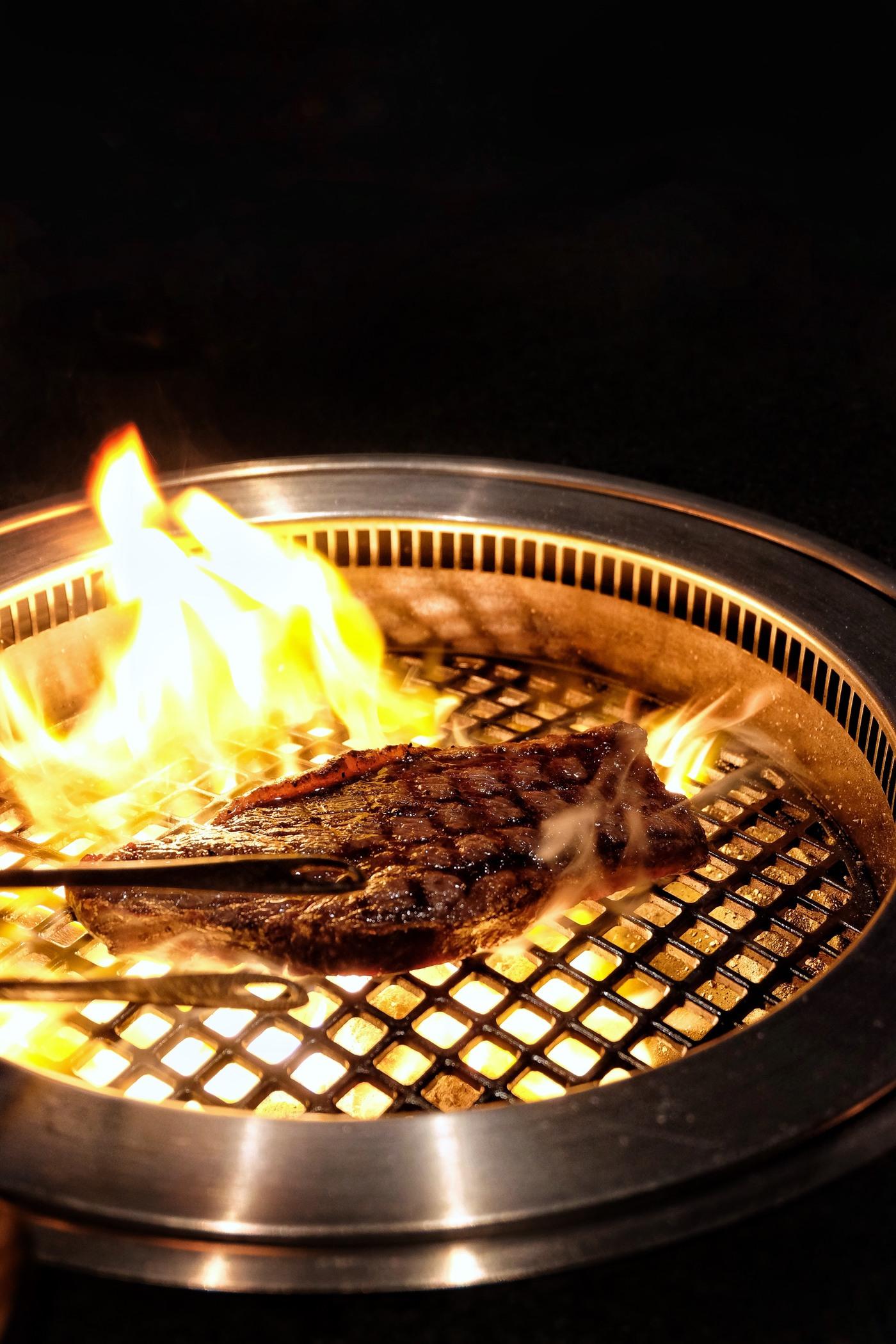 picanha steak on grill absteak la by chef akira back
