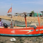 a-plan-for-the-governments-boat-engine-to-be-blessed-for-small-fishermen
