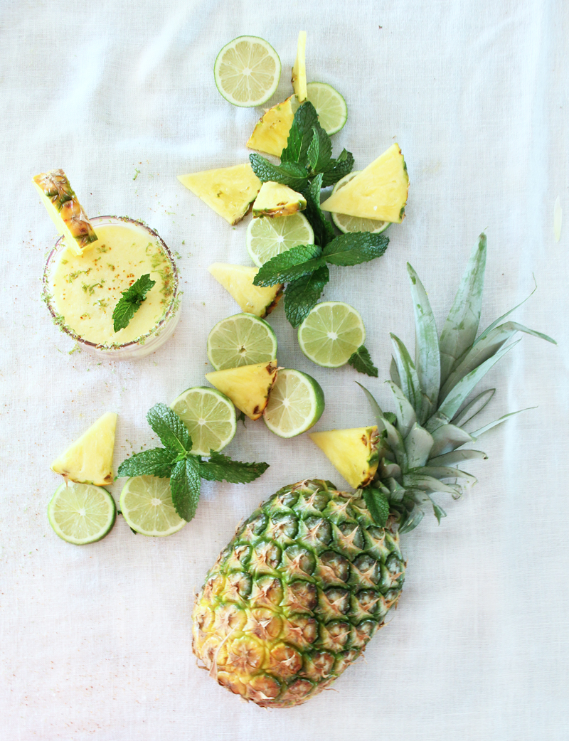 Pineapple Margarita Cocktail Recipe - A Bubbly Life