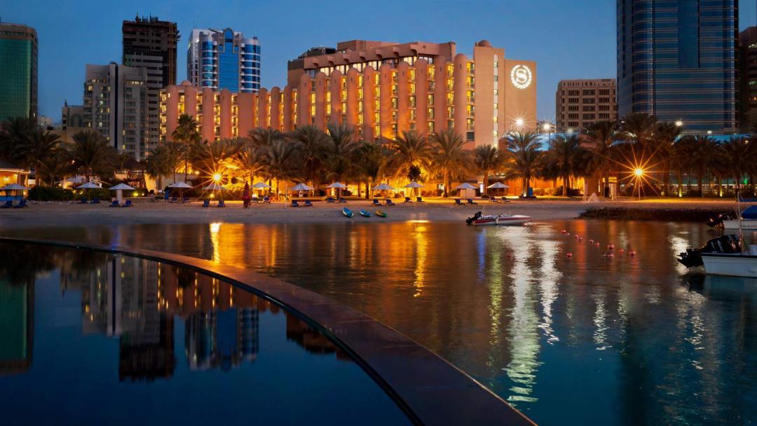Sheraton Abu Dhabi Hotel Resort