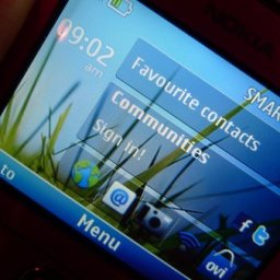 Hands on with the Nokia C3 and C6 and the Nokia E5