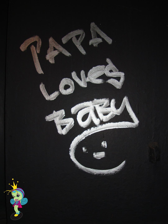 """Papa Loves Baby"" way UP alllll over!"