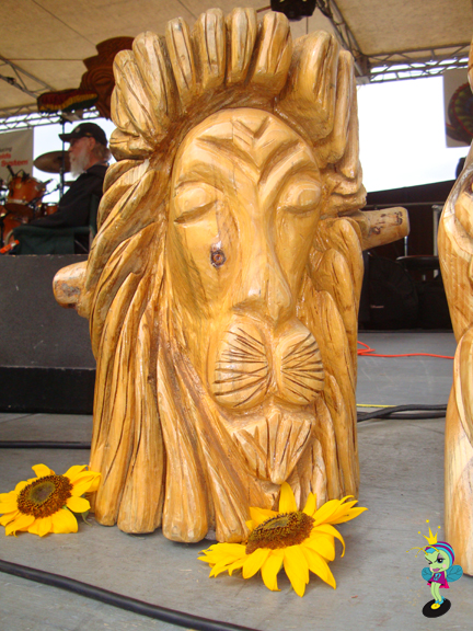 carved lion on stage