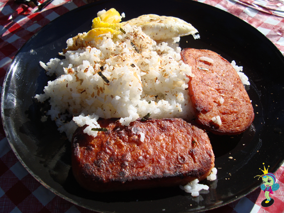 spam & rice was a lovely way to start the day