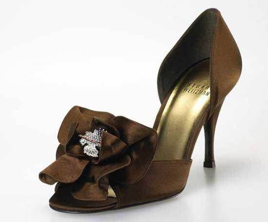 حذاء ريتا هيوارث