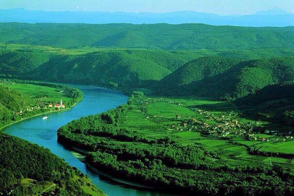 جمال نهر الدانوب