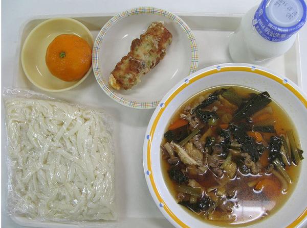 طعام مدارس اليابان 1101522
