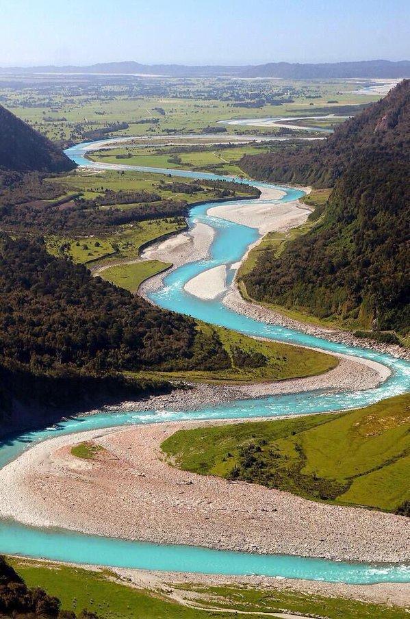 نهر الأفعى