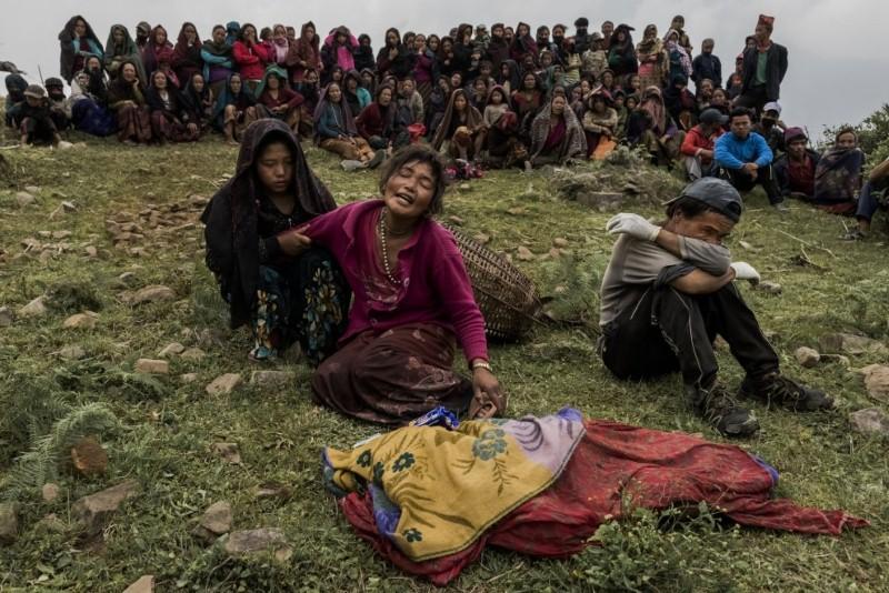 ضحايا الزلزال