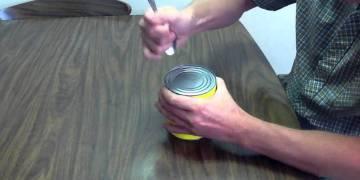 فتح المعلبات باستخدام الملعقة