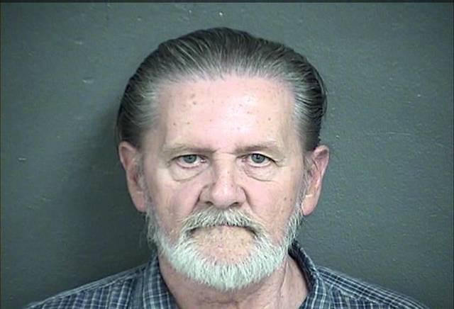 يهرب من زوجته إلى السجن