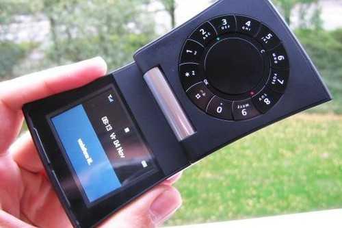أغرب 10 هواتف 20120171