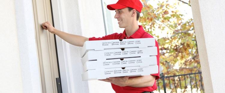 خدمة توصيل البيتزا 94172