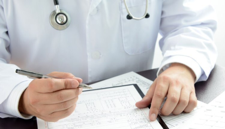لا تشارك المعلومات الطبية المضللة عبر الشبكات الاجتماعية 361712