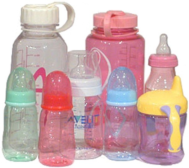 الأرقام الصغيرة في قاع الزجاجات البلاستيكيّة