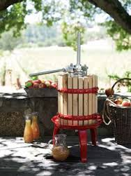 apple pressing juice image sunny outside