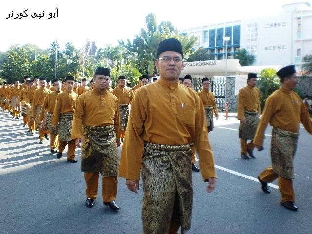 Encik Abd Mukti Hj Muchlish, Pengarah Penguatkuasa DBKK bersama kontinjen