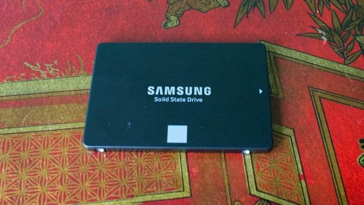 أقراص تخزين SSD