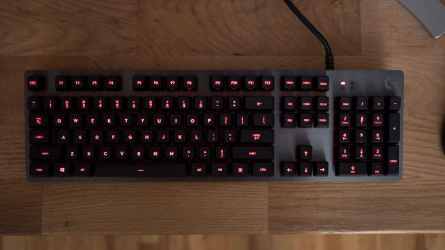 تصميم لوحة مفاتيح Logitech G413 Carbon