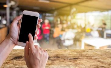 تقليل استهلاك بيانات الهاتف أثناء السفر
