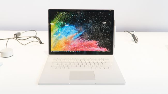 سيرفيس بوك 2 Surface Book 2