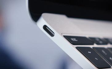 إضافة منفذ USB Type C