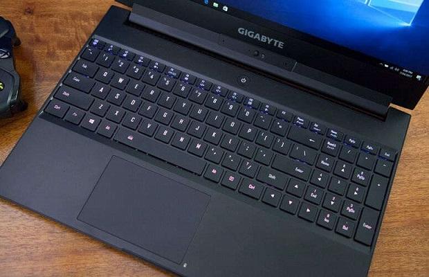 لوحة مفاتيح حاسب Gigabyte Aero 15